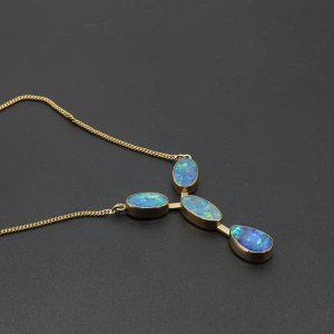 9 carat YG Opal Doublet Necklet