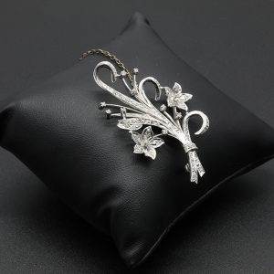 15 Carat WG Vintage Diamond Floral Spray Brooch